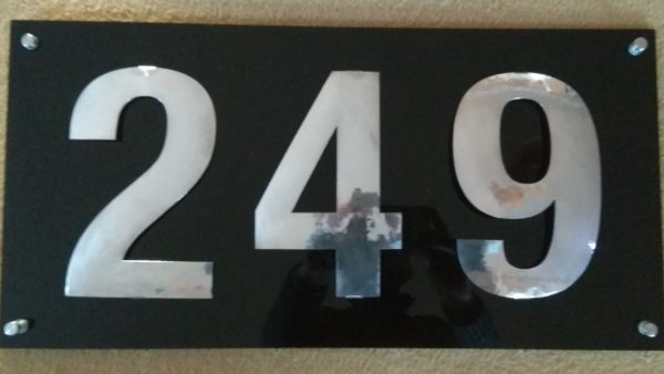 House number polished aluminium aluminiumart