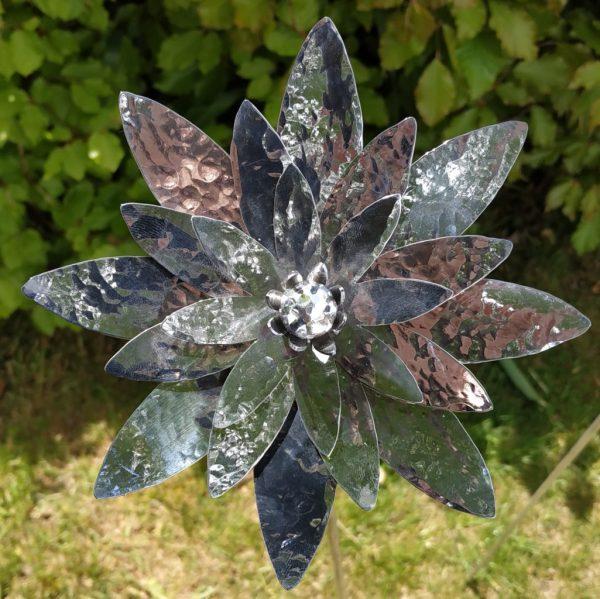 Aluminiumart aluminium garden art Lotus flower